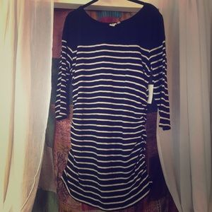 Cotton 3/4 sleeve striped black top w side ruching